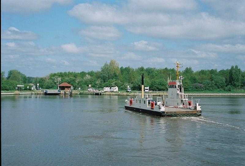 Nord-Ostsee-Kanal, Fähre Oldenbüttel, Flüsse und Kanäle Schleswig-Holstein | © mare.photo