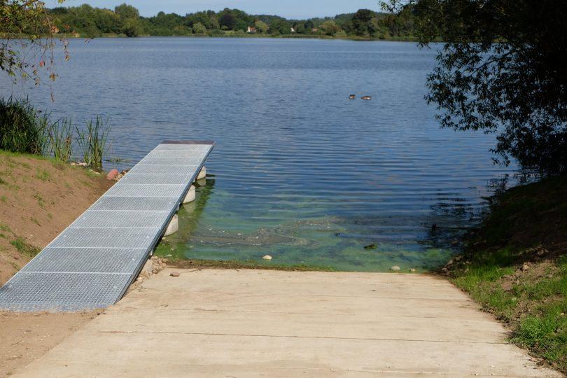 Eutiner See Kanueinsatzstelle am Schwimmbad | © weites.land