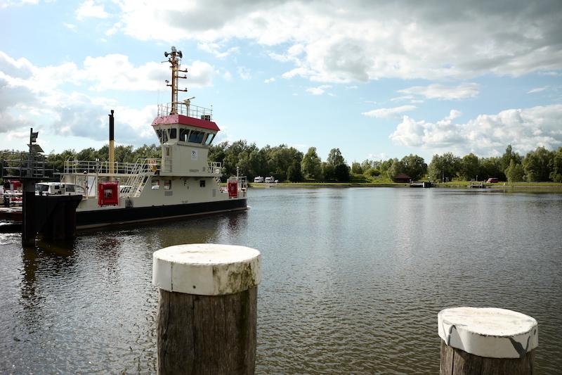 Fähre Oldenbüttel, Nord-Ostsee-Kanal, Kiel Canal