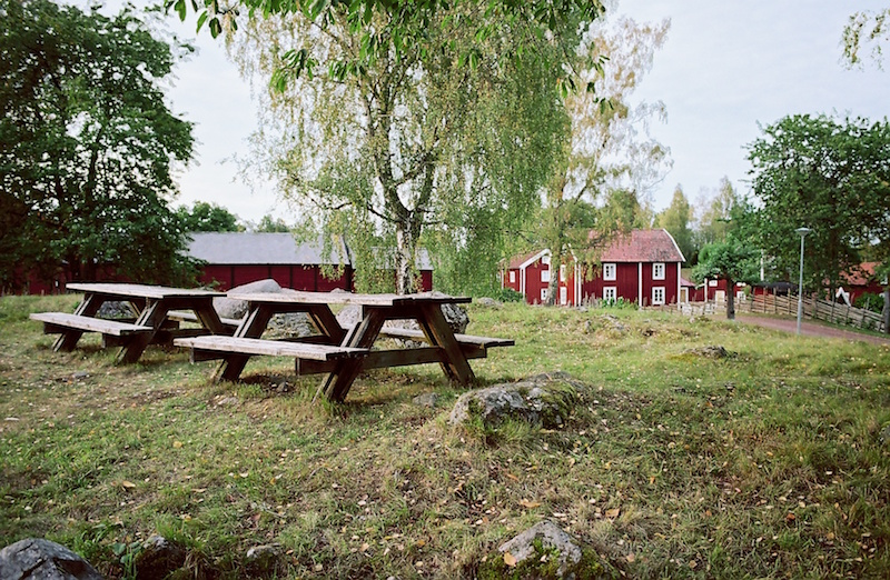 Stensjö By - Kodak Portra 160-Leica Summilux 1.4 50 asph. | © mare.photo
