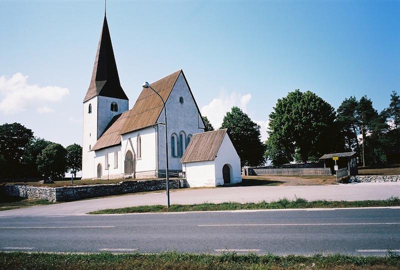 Kirchen auf Gotland – Kirche Alskog  ©weites.land