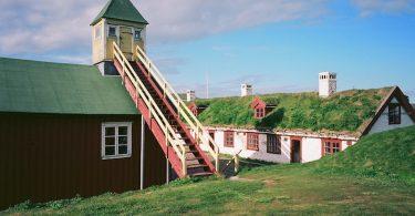 Vardø Hus, Leica M Elmarit 2.8 28 asph., Kodak Ektar, Varanger |©mare.photo