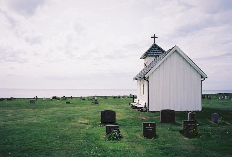 Varhaug gamle kyrkjegard, Jæren, Norsdsjøvegen, Kodak Ektar, Leica M Elmarit 2.8 28 asph. |©mare.photo