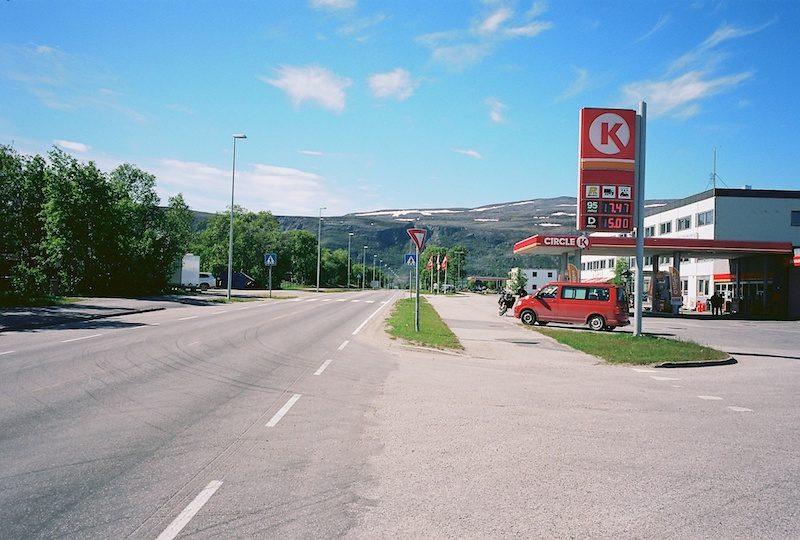 Fjordutsikten Lakselv, Porsangerfjord, Kodak Ektar, Leica M Elmarit 2.8 28 asph.