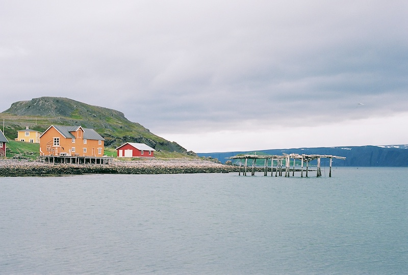Veinesodden, Veines, Kongsfjord, Eismeestraße Norwegen, Polarmeer, Kodak Ektar, Leica M Elmarit 2.8 28 asph. |©mare.photo