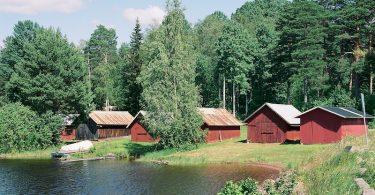 Nusnäs, Siljan, Dalarna, Kodak Portra 400 (160), Leica M Elmarit 2.8 28 asph.|©mare.photo