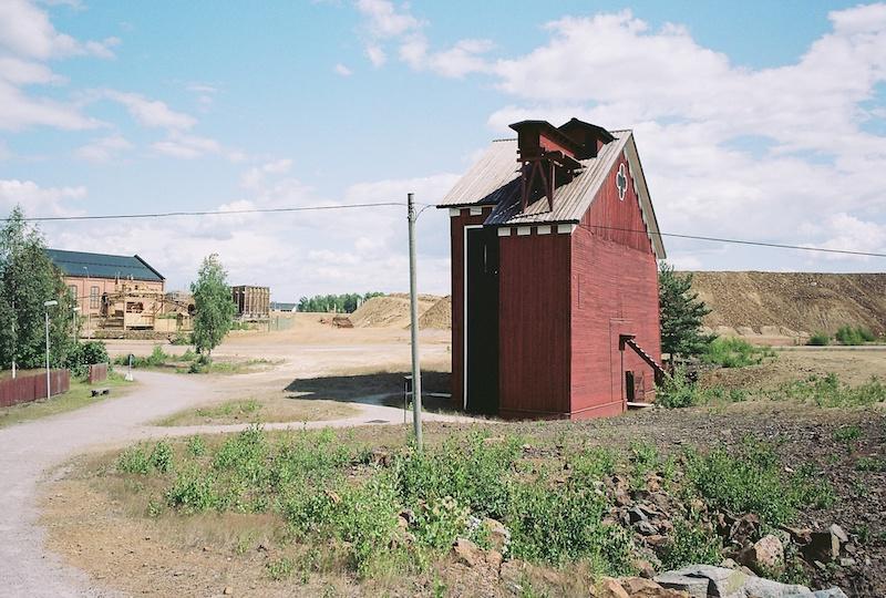Falu-Rod-Farg-Falun-rot-Schwedenrot-Kopper-Kodak-Portra-160-18.jpg