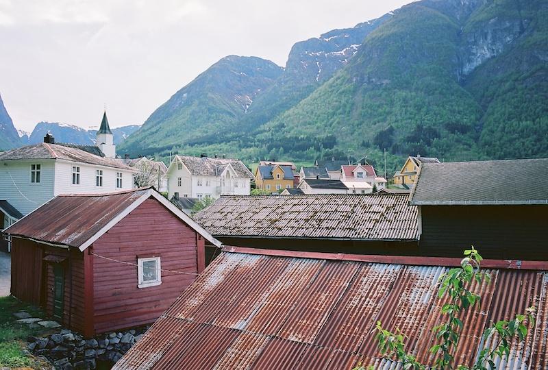 Fresvik-Sognefjord-Kodak-Ektar-Leica-Elmarit-M-2.8-28-asph.-1.jpg