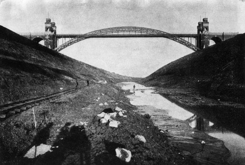 alte Grünentaler Hochbrücke beim Bau des Nord-Ostsee-Kanal