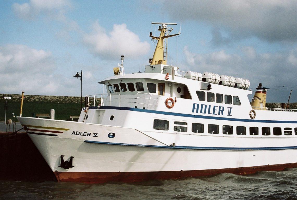 Adler Schiffe