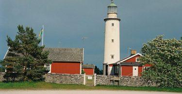 Leuchtturm-Fåröfyr-auf-Fårö-Gotland